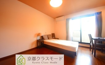 Room8(室内の家具・家電・小物類は残置物です。)